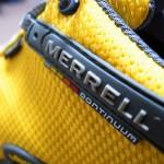 「メレル カメレオン2 ストーム ゴアテックス」目に飛び込むイエローとしっかり包み込む履き心地に感動!