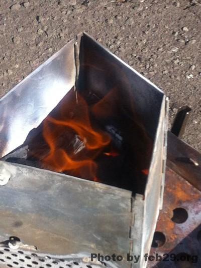 火おこし器で簡単火おこし