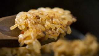 6インチダッチオーブンで石焼ビビンバ風キムチ焼飯を作る