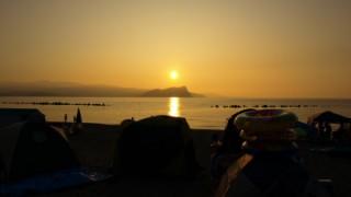 【2015年海開き】夕陽がロマンチック!蘭島海水浴場は恋の生まれるビーチです。